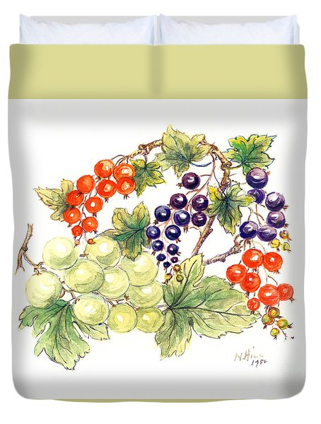 Black And Red Currants With Green Grapes Duvet Cover
