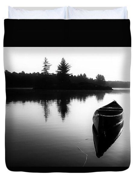 Black And White Canoe In Still Water Duvet Cover