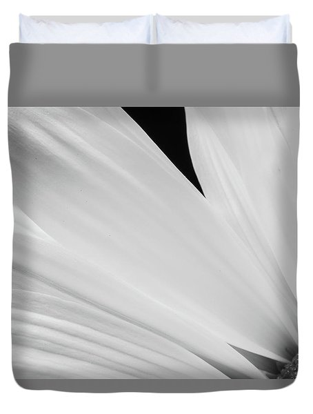 Black And White Daisy Flower Peeking Duvet Cover