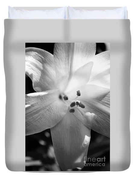 Black And White Easter Lily Duvet Cover