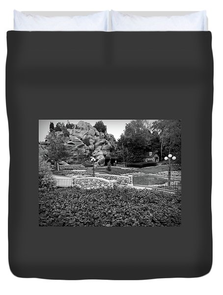 Duvet Cover featuring the photograph Black And White Flower Garden Walkway by Aimee L Maher Photography and Art Visit ALMGallerydotcom