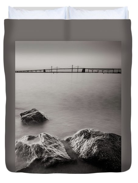Black And White Sandy Point Duvet Cover