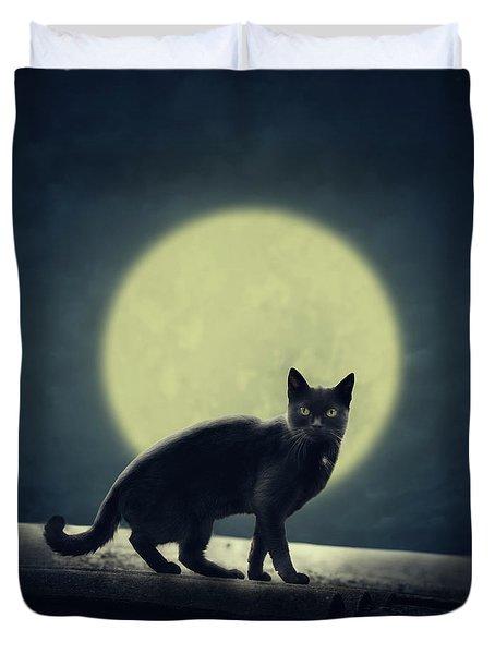 Black Cat And Full Moon Duvet Cover