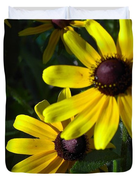 Duvet Cover featuring the photograph Black Eyed Susan by Mary-Lee Sanders