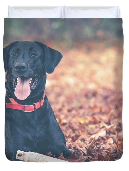 Black Labrador In The Fall Leaves Duvet Cover
