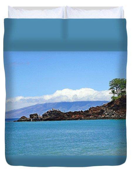 Black Rock Beach And Lanai Duvet Cover