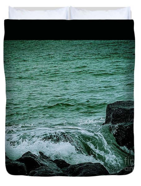 Black Rocks Seascape Duvet Cover
