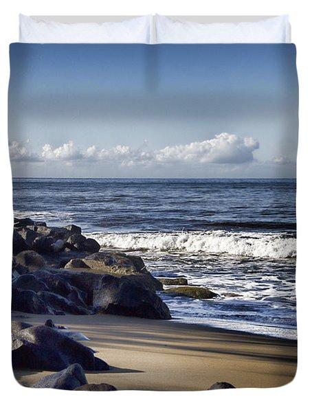 Black Sand Beach  Duvet Cover by Douglas Barnard