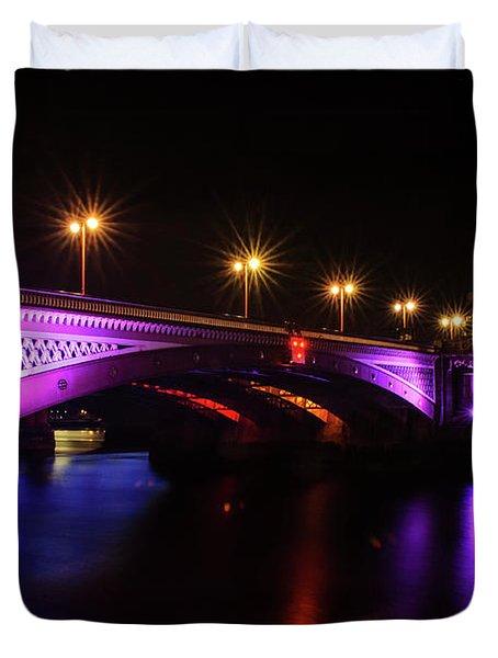 Blackfriars Bridge Illuminated In Purple Duvet Cover