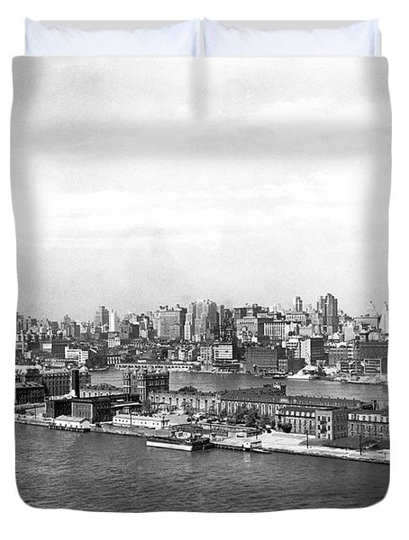 Blackwells Island In Nyc Duvet Cover