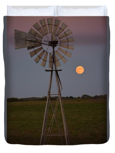 Duvet Cover featuring the photograph Blood Moon And Windmill by Mark McReynolds