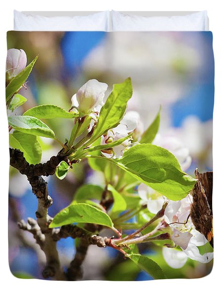 Blossoms And Butterfly Duvet Cover