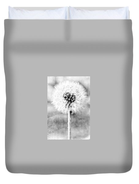 Blowing In The Wind Pencil Effect Duvet Cover