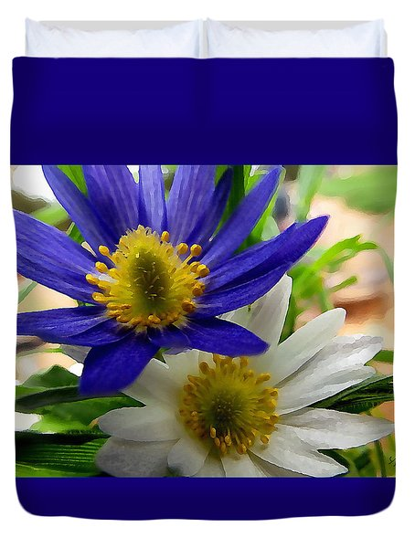Blue And White Anemones Duvet Cover
