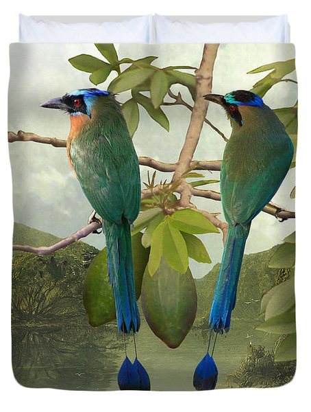 Blue-crowned Motmots In Kapok Tree Duvet Cover