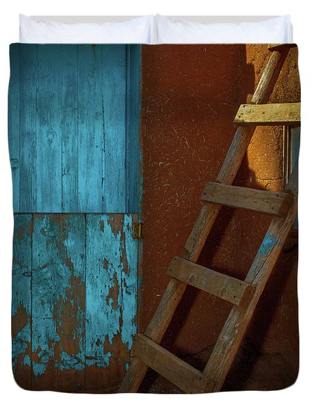 Blue Door And Ladder - Taos Pueblo Duvet Cover