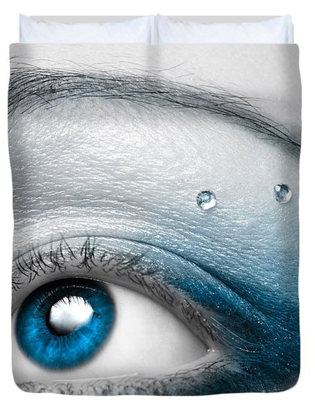 Blue Female Eye Macro With Artistic Make-up Duvet Cover