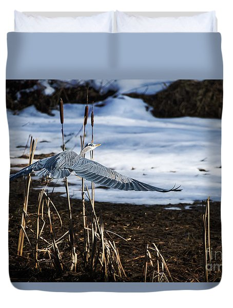 Duvet Cover featuring the photograph Blue Heron by Jim  Hatch