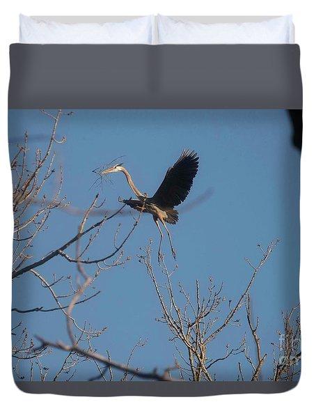 Duvet Cover featuring the photograph Blue Heron Landing by David Bearden