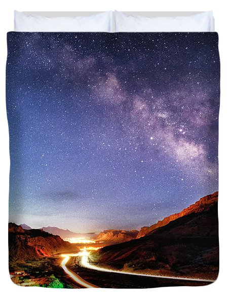 Blue Hour Milky Way Over Moab Duvet Cover