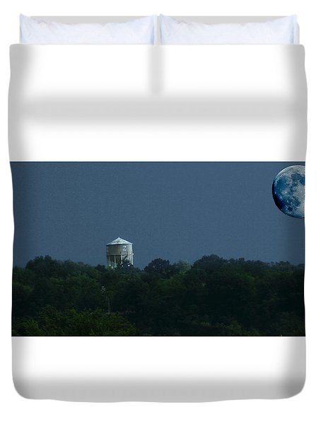 Blue Moon Over Zanesville Water Tower Duvet Cover