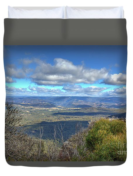 Duvet Cover featuring the photograph Blue Mountains, New South Wales, Australia by Elaine Teague