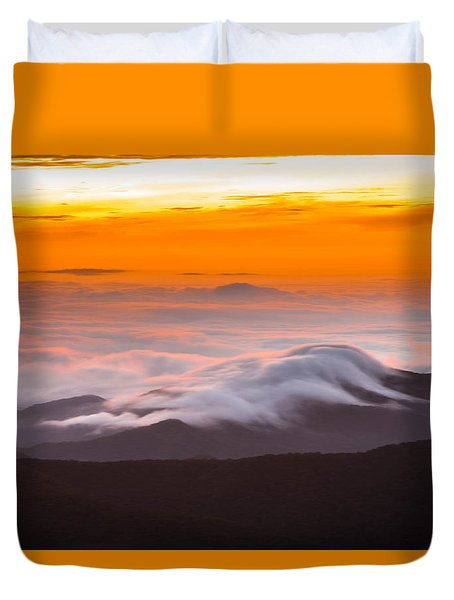 Blue Ridge Valley Of Clouds Duvet Cover