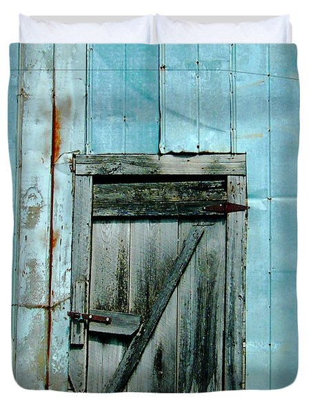 Blue Shed Door  Hwy 61 Mississippi Duvet Cover by Lizi Beard-Ward