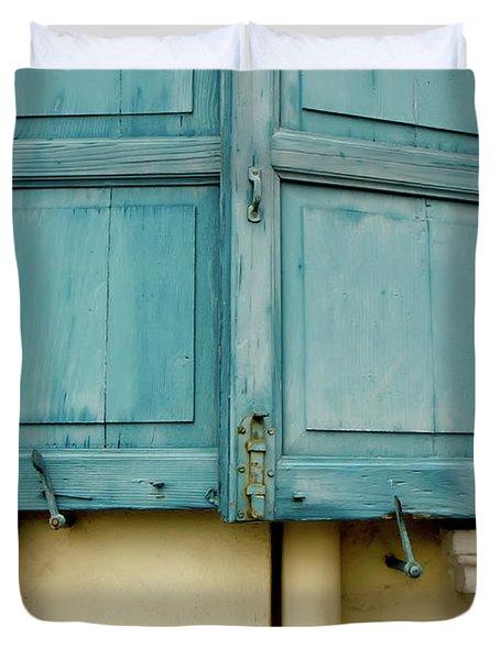Duvet Cover featuring the photograph Blue Shutters Rudesheim by KG Thienemann