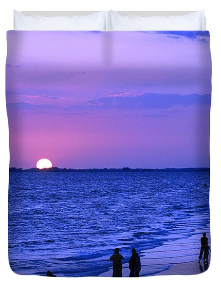 Blue Sunset On The Gulf Of Mexico At Fort Myers Beach In Florida Duvet Cover