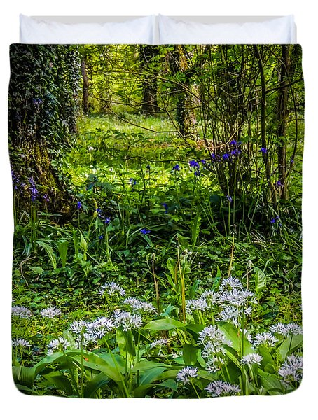 Bluebells And Wild Garlic At Coole Park Duvet Cover