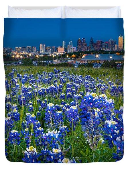 Bluebonnets In Dallas Duvet Cover