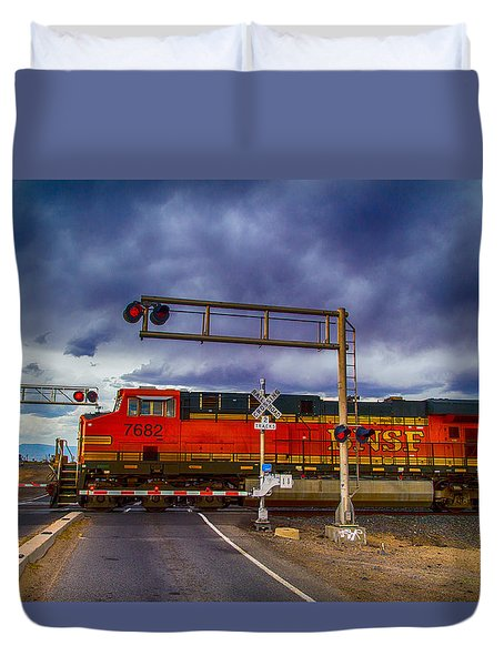Duvet Cover featuring the digital art Bnsf 7682 Crossing by Bartz Johnson