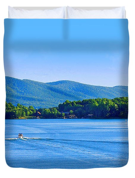 Boaters On Smith Mountain Lake Duvet Cover
