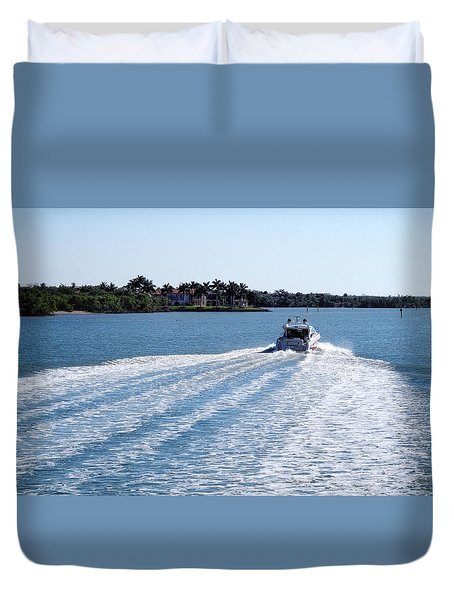 Duvet Cover featuring the photograph Boating On Naples' Inland Waterway by Lars Lentz