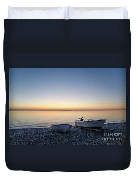 Duvet Cover featuring the photograph Boats At A Colorful Bay by Kennerth and Birgitta Kullman