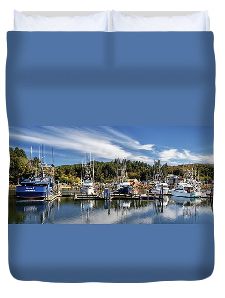 Duvet Cover featuring the photograph Boats In Winchester Bay by James Eddy