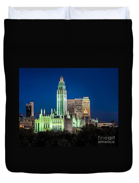 Boston Avenue Methodist Church At Twilight Duvet Cover