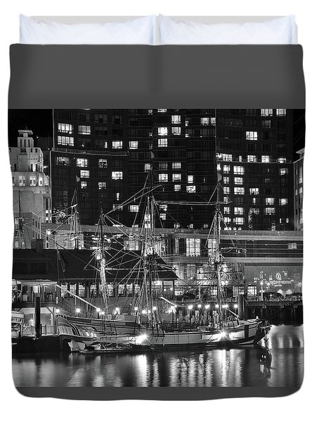 Duvet Cover featuring the photograph Bostonian Black And White by Frozen in Time Fine Art Photography