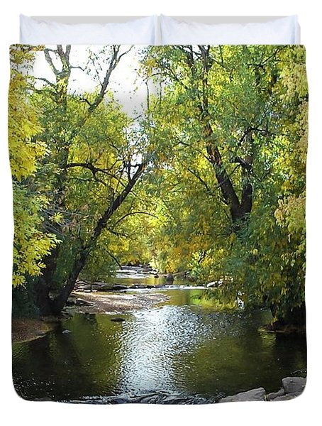 Boulder Creek Tumbling Through Early Fall Foliage Duvet Cover
