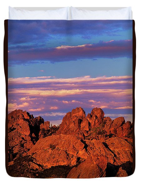 Boulders Sunset Light Pinnacles National Park Californ Duvet Cover