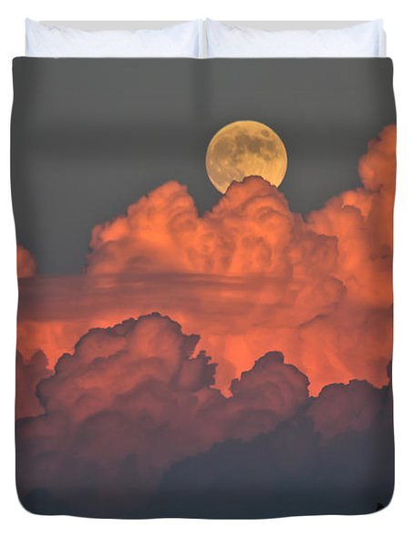 Bouncing On Dreams Duvet Cover