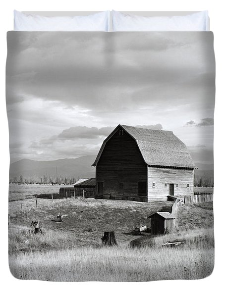 Boundary City Duvet Cover by Photo Researchers