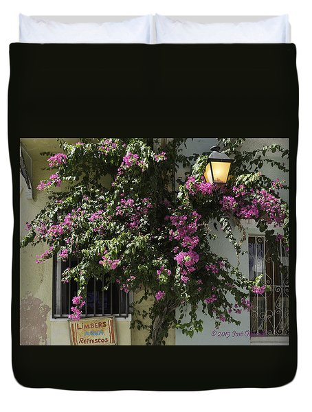 Duvet Cover featuring the photograph Boungainvillea by Jose Oquendo