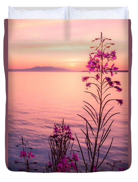 Bouquet For A Sleeping Lady Duvet Cover
