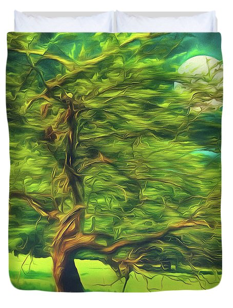 Bowing To The Moon Duvet Cover