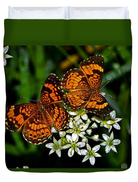 Duvet Cover featuring the photograph Breakfast At The Gardens 010 by George Bostian