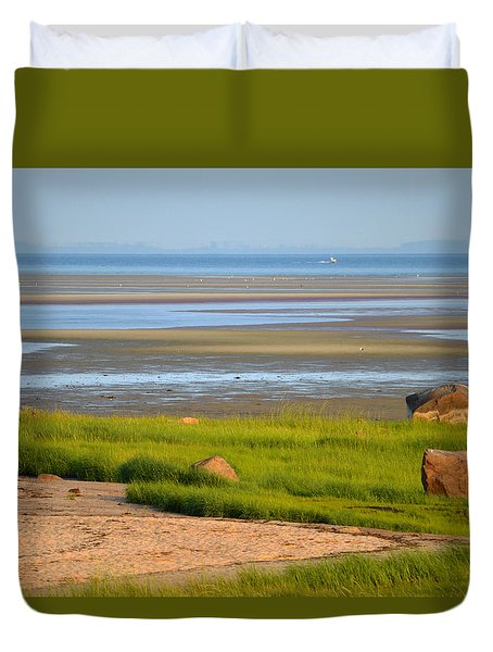 Breakwater Beach At Low Tide Duvet Cover