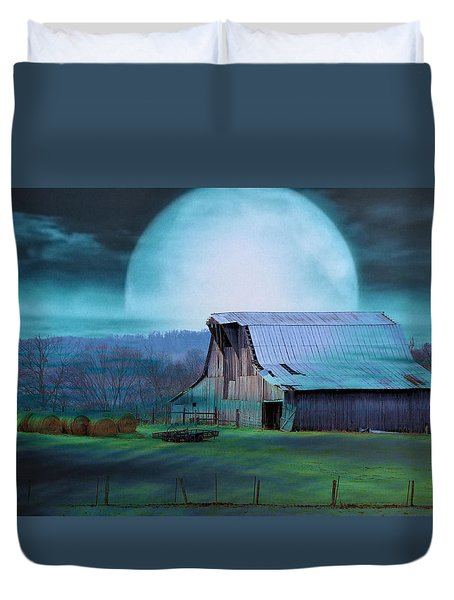 Breath Of Winter Duvet Cover by Jan Amiss Photography
