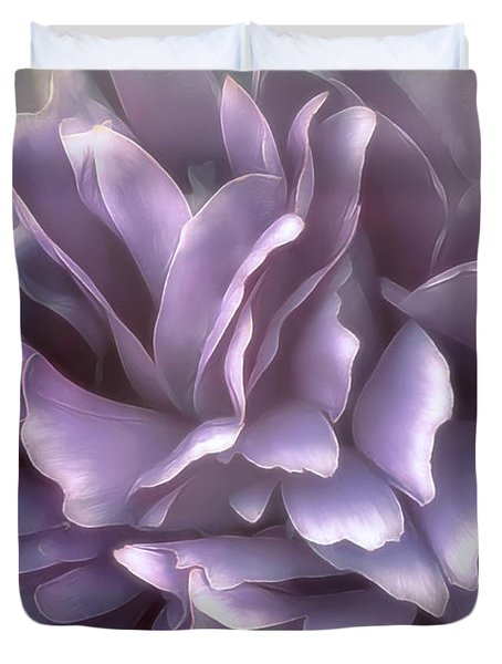 Duvet Cover featuring the photograph Breeze In Cool Lilac by Darlene Kwiatkowski